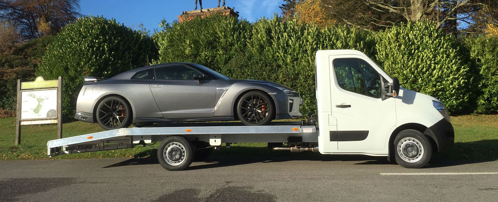 3.5t Car Transporter - Loaded - Grey Car